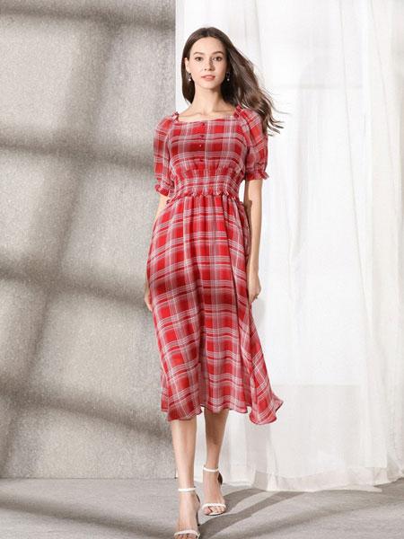 熙加女装品牌2019春夏新款韩系一字肩格子图案收腰中袖修身显瘦连衣裙