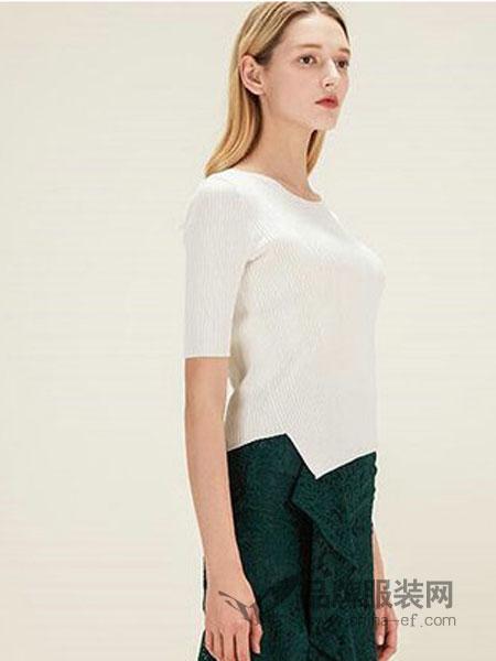 欧柏兰奴女装品牌2019春夏韩版白色短袖针织衫修身套头上衣
