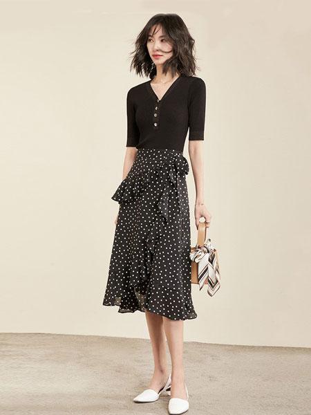 梵希蔓女装品牌2019春夏新款韩版复古一字肩时髦洋气连衣裙