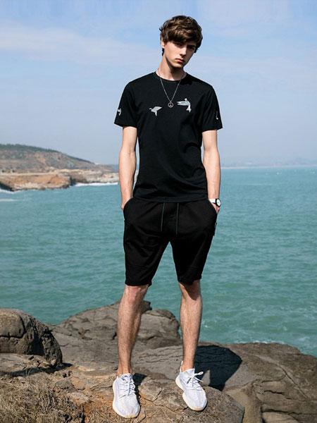 woog2005男装品牌2019春夏新款韩版潮流时尚个性印花纯棉t恤潮