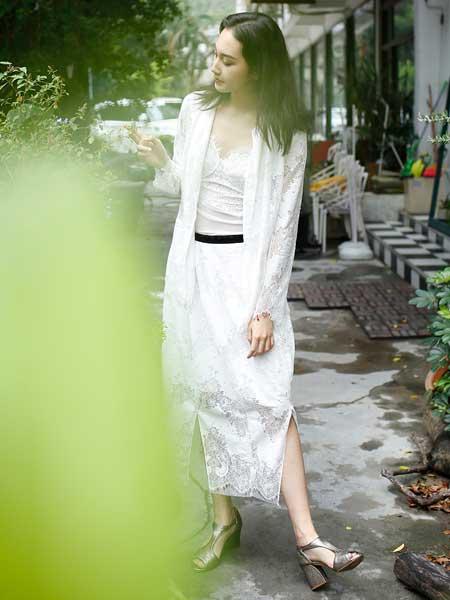 女衣号女装品牌2019春夏新款时尚气质收腰显瘦蕾丝连衣裙