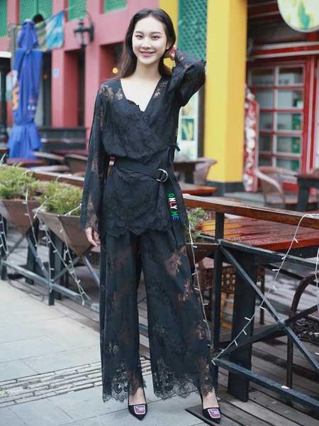 女衣号女装品牌2019春夏新款时尚气质收腰显瘦蕾丝套装