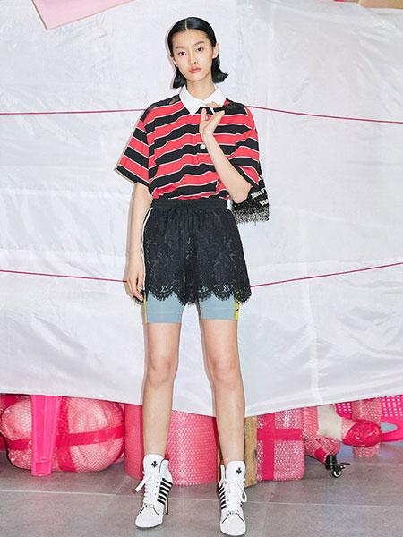 乌丫女装品牌2019春夏短袖宽松小清新上衣文艺