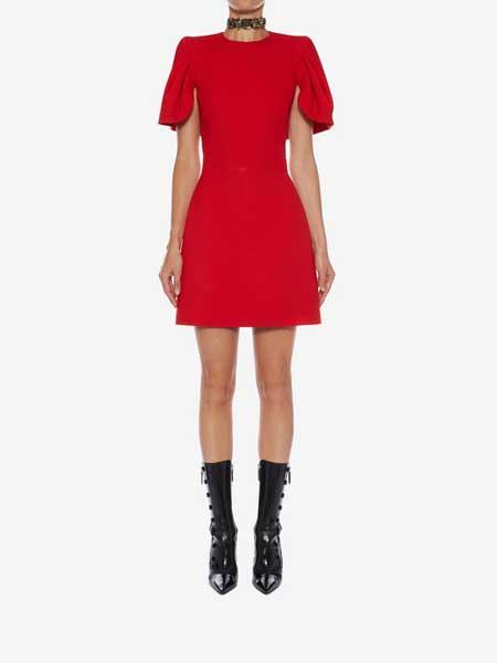 Coming Soon女装品牌2019春夏新款时尚圆领修身短袖 连衣裙