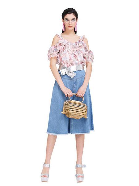 魔美名作女装品牌2019春夏浅蓝宽松九分学院风牛仔裤