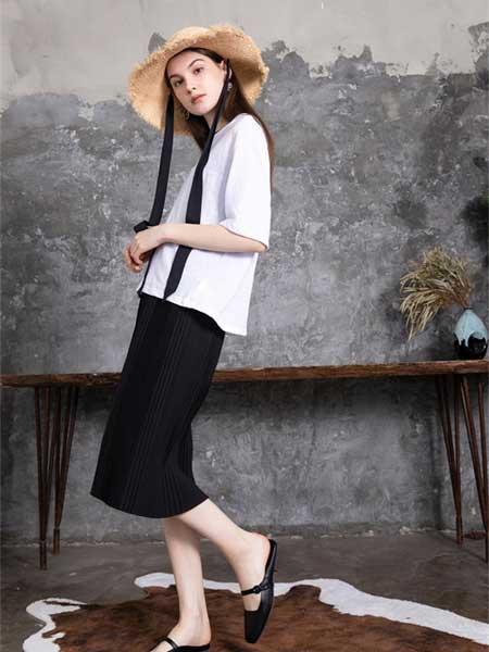 C3000女装品牌2019春夏新款时尚宽松圆领短袖系带雪纺衫上衣