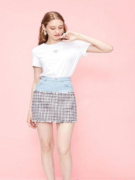 aifurui女装品牌2019春�nan�qing新a字高腰牛仔短ban身qun