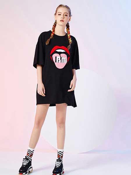 比利休闲品牌2019春夏新款宽松大码印花图案长款T恤