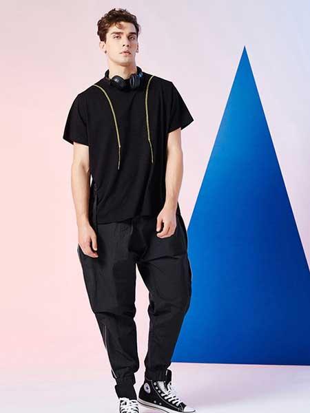 比利休闲品牌2019春夏新款休闲简约个性时尚宽松设计短袖T恤