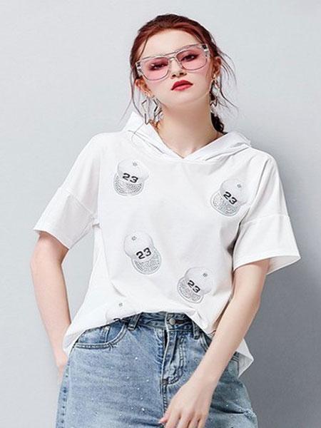 艾米女装品牌2019春夏新款烫钻印花短袖拼色连帽T恤衫上衣