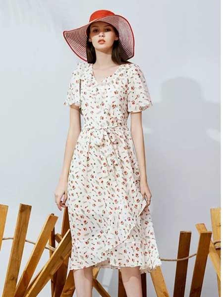 朵以女装品牌2019春夏新款时尚甜美优雅气质连衣裙