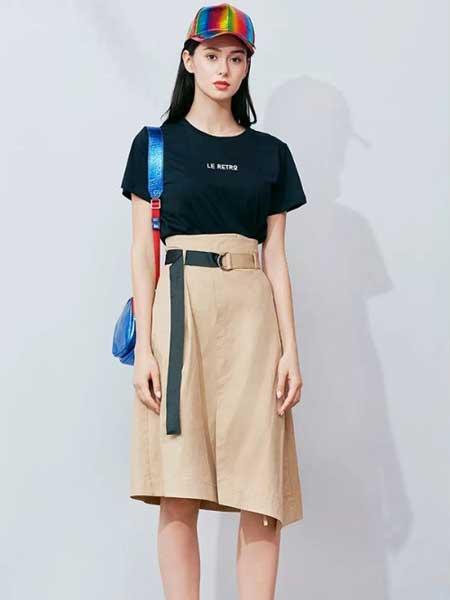 朵以女装品牌2019春夏新款韩版洋气裙子网红圆领t桖套装时尚两件套