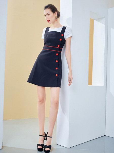 百丝女装品牌2019春夏新品圆领白色短袖T恤+黑色背带裙两件套