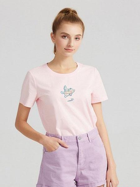 武汉爱弗瑞服饰女装品牌2019春夏短袖T恤宽松棉质体恤圆领刺绣