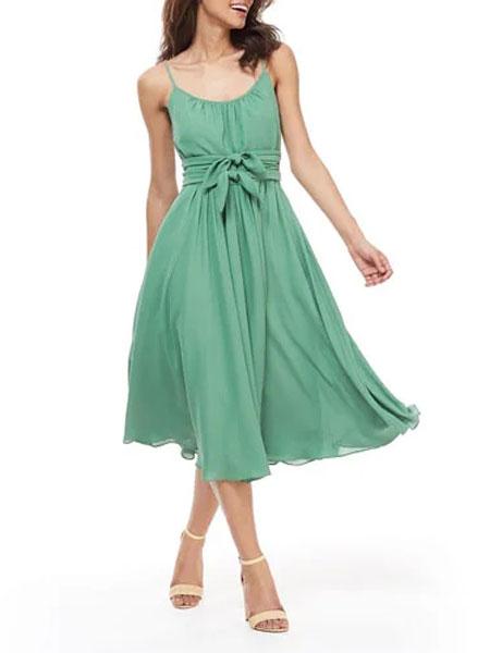 菲利林3.1女装品牌2019春夏新款复古文艺气质显瘦吊带连衣裙