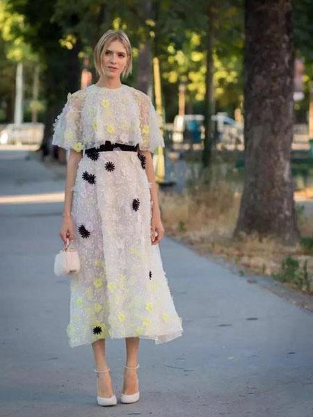优人聚品女装品牌2019春夏新款韩版时尚高腰显瘦中长连衣裙