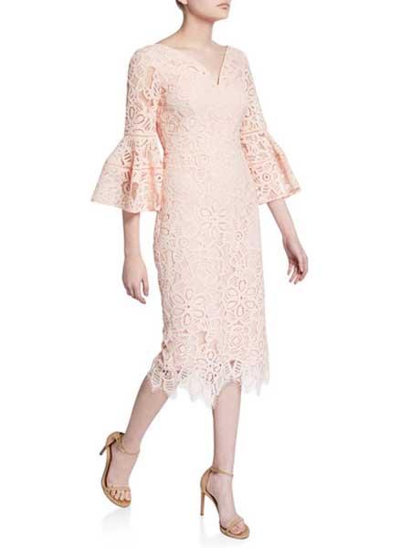 Holly Fulton霍莉・富尔顿女装品牌2019春夏新款时尚蕾丝修身显瘦中长款荷叶边喇叭袖韩版百搭名媛连衣裙