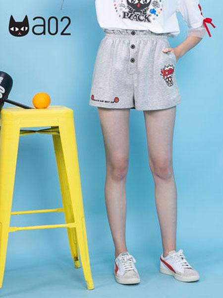 A02女装品牌2019春夏新款潮流少女风萌趣卡通印花宽松休闲短裤