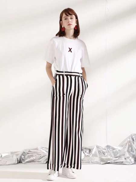 西所女装品牌2019春夏新款黑白竖条纹阔腿裤高腰大码垂感直筒宽松休闲长裤子