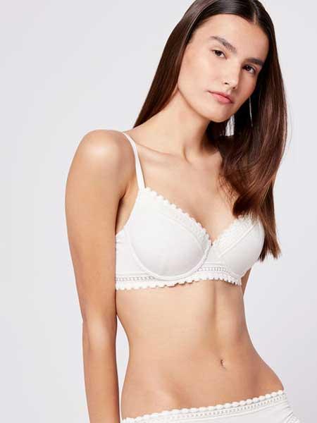 Etam艾格内衣品牌2019春夏调整聚拢小胸加厚型收副乳胸罩文胸