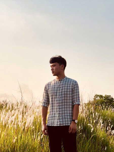奥克男装品牌2019春夏新款修身格子立领中长衬衫日系透气亚麻七分袖衬衣