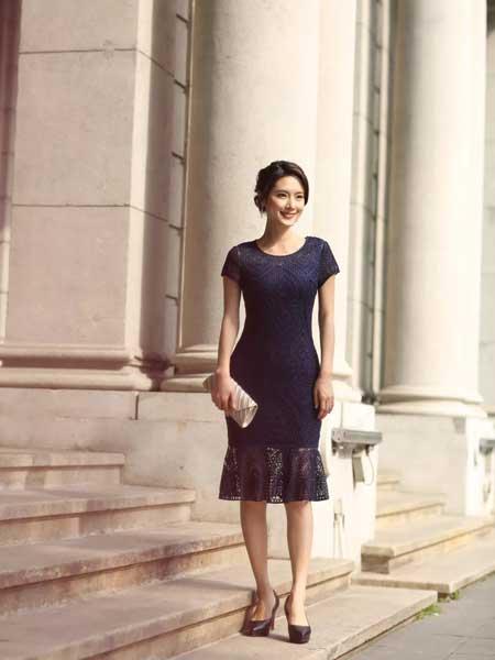 东方贵族女装品牌2019春夏新款大码高端气质大牌成熟显瘦网纱镂空绣花包臀鱼尾裙礼服连衣裙