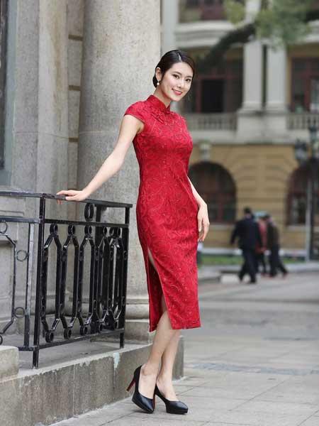 东方贵族女装品牌2019春夏新娘敬酒服女士结婚礼服复古改良旗袍裙酒红色蕾丝修身短袖连衣裙