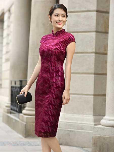 东方贵族女装品牌2019春夏新款蕾丝气质妈妈装连衣裙短款短袖修身复古旗袍大码礼服