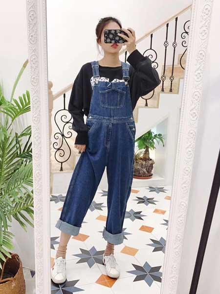 秐端女装品牌2019春夏新款宽松直筒韩版显瘦牛仔背带裤