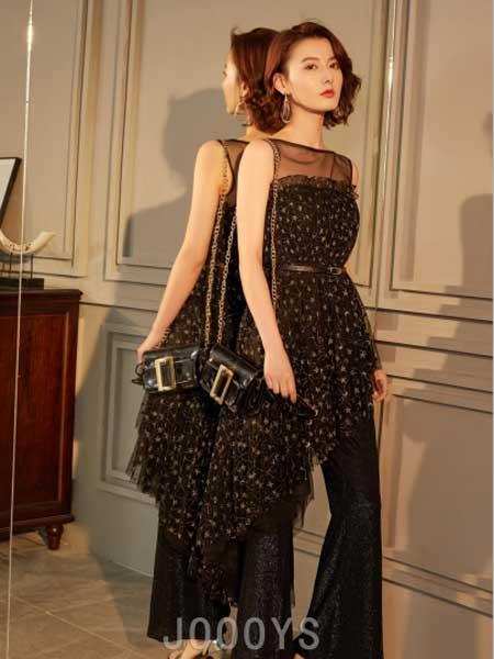 香港詩嘉麗(企業)有限公司女装品牌2019春夏新款不规则星空蕾丝裙高腰针织喇叭裤