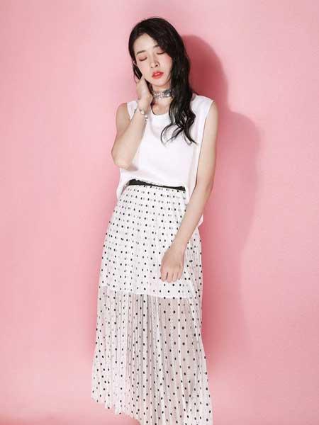 JOU SEO MOK女装品牌2019春夏新款很仙的连衣裙中长款波点针织网纱裙拼接显瘦