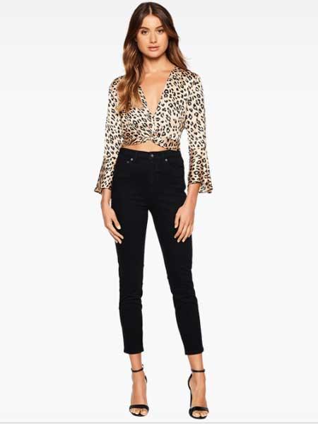 Bardot女装品牌2019春夏新款高腰修身直筒九分牛仔裤