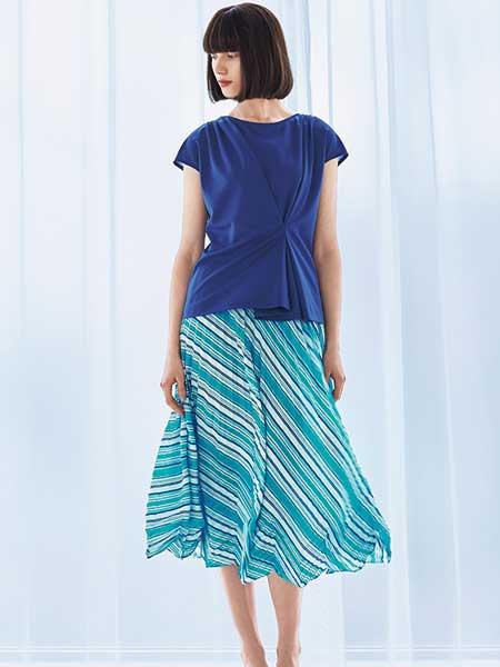 Hanae Mori森英惠女装品牌2019春夏新款简约圆领腰间堆叠收腰时尚小上衣薄
