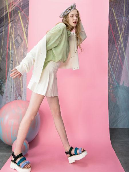 MOOSY女装品牌2019春夏新款牛油果绿长袖防晒衬衣宽松设计感小众上衣
