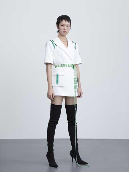 I LOVE PRETTY女装品牌2019春夏新款时尚俏皮印花短袖连衣裙