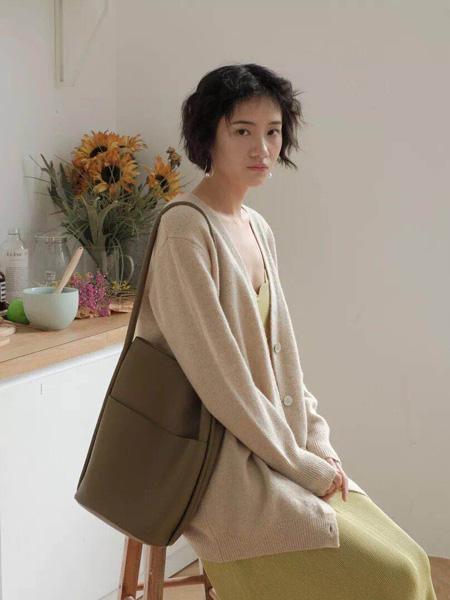 MINUS女装品牌新款韩版宽松纯色复古扣子针织衫开衫外套毛衣