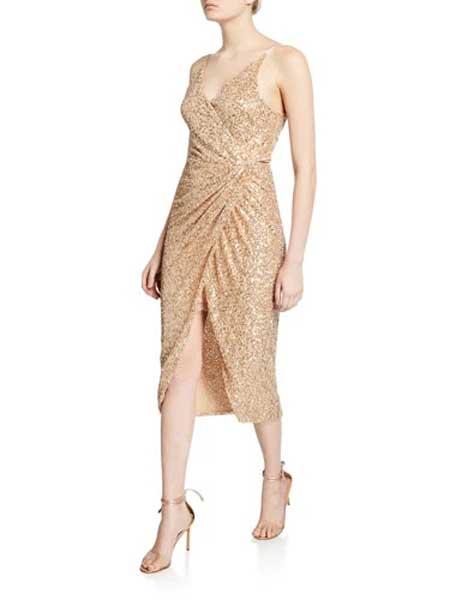 The Whitepepper女装品牌2019春夏新款礼服款闪片挂脖露肩背包臀修身连衣中裙