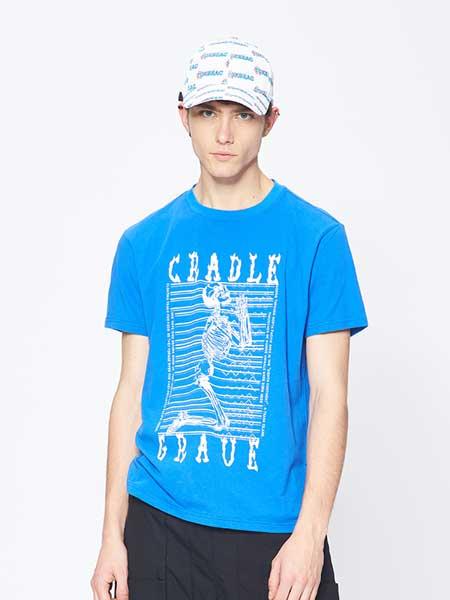 7CRASH休闲品牌2019春夏新款潮牌短袖T恤宽松圆领全棉个性印花上衣