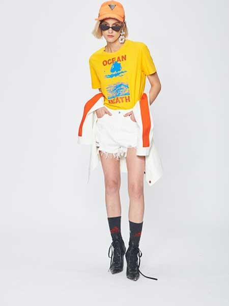 7CRASH休闲品牌2019春夏新款潮时尚宽松百搭个性圆领短袖T恤