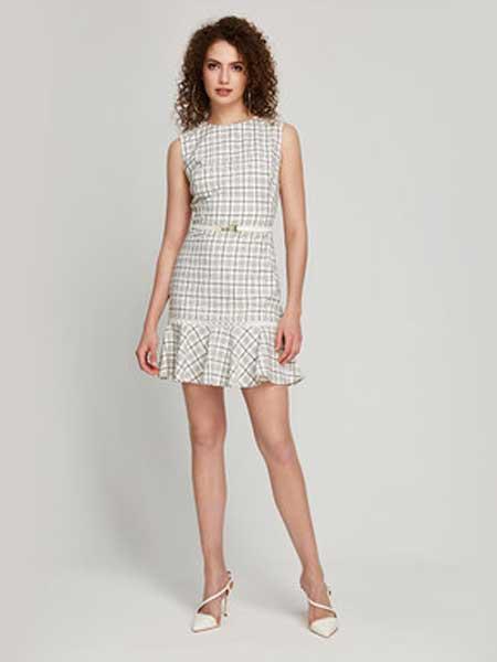 Bebe碧碧女装品牌2019春夏新款时尚 无袖格纹带荷叶边连衣裙