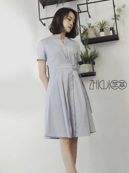 芝萃女装品牌2019春夏新款浅蓝色休闲收腰气质连衣裙