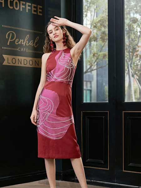 八月盛典女装品牌2019春夏新款复古设计感刺绣修身拼接中长款无袖连衣裙