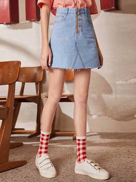 衣品天成女装品牌2019春夏新款韩版修身显瘦a字裙时尚撞色牛仔裙半身裙