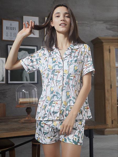 缤纷丽人内衣品牌2019春夏韩版印花冰丝短袖甜美可爱衬衫