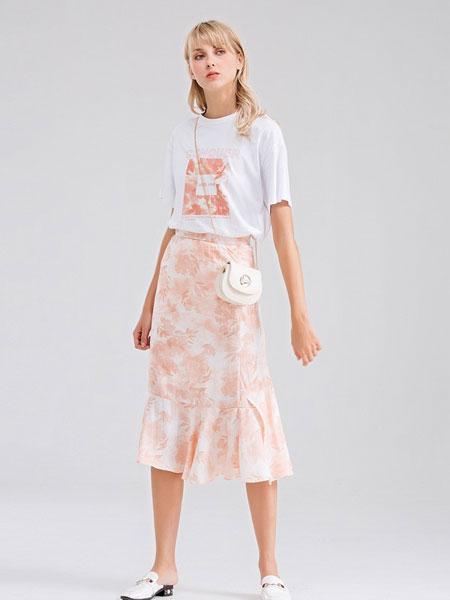 Bally巴利女装品牌2019春夏短袖T恤半身裙两件套裙洋气