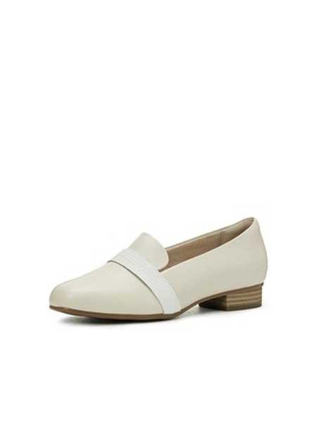 Clarks鞋帽/领带品牌2019春夏新款单鞋女低跟乐福鞋小白鞋