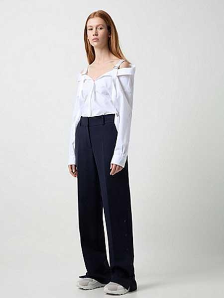 Hugo Boss雨果博斯休闲品牌2019春夏新款白色时尚休闲露肩可调肩带衬衫