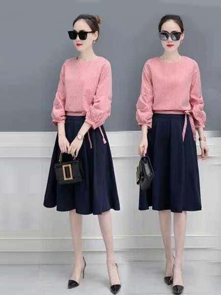 女人的衣柜女装品牌2019春夏新款时尚衬衫+高腰A字半身裙两件套淑范女装套装