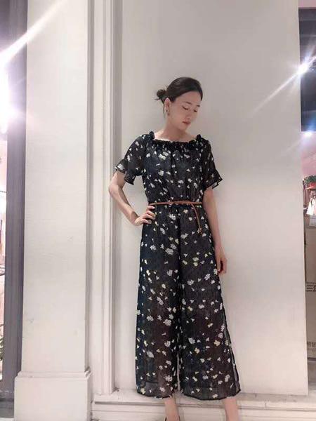 播写女装品牌2019春夏新款时尚荷叶边高腰连体裤显瘦显高设计感连体衣
