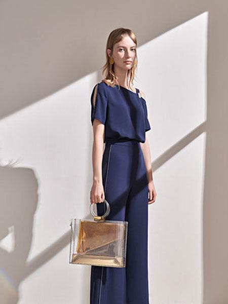 澳莉丝女装品牌2019春夏新款通勤时尚插肩袖侧开叉连衣裙